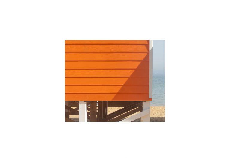 Beach study 6. 2020, archival pigment print, 15 x 18 cm