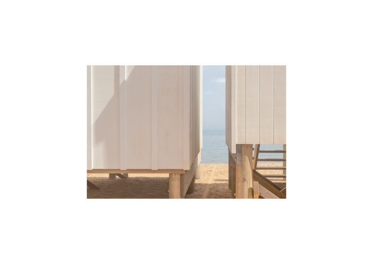 Beach study 9. 2020, archival pigment print, 15 x 22 cm