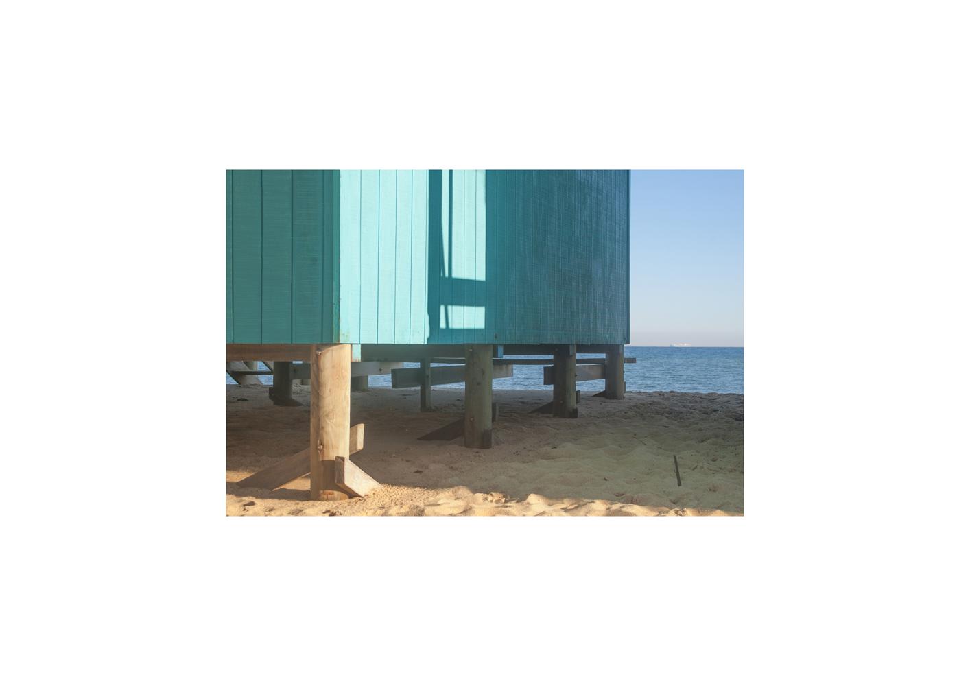 Beach study 2. 2020, archival pigment print, 15 x 22 cm